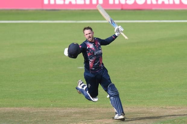 21/07/2019 (sport)Cricket - Hampshire v Kent, Vitality T20 Blast, Ageas Bowl, EastleighPictured is: Alex Blake celebrates after hitting the 4th and 5th balls of the last over for six to win the match for KentPicture: Neil Marshall/YASPS