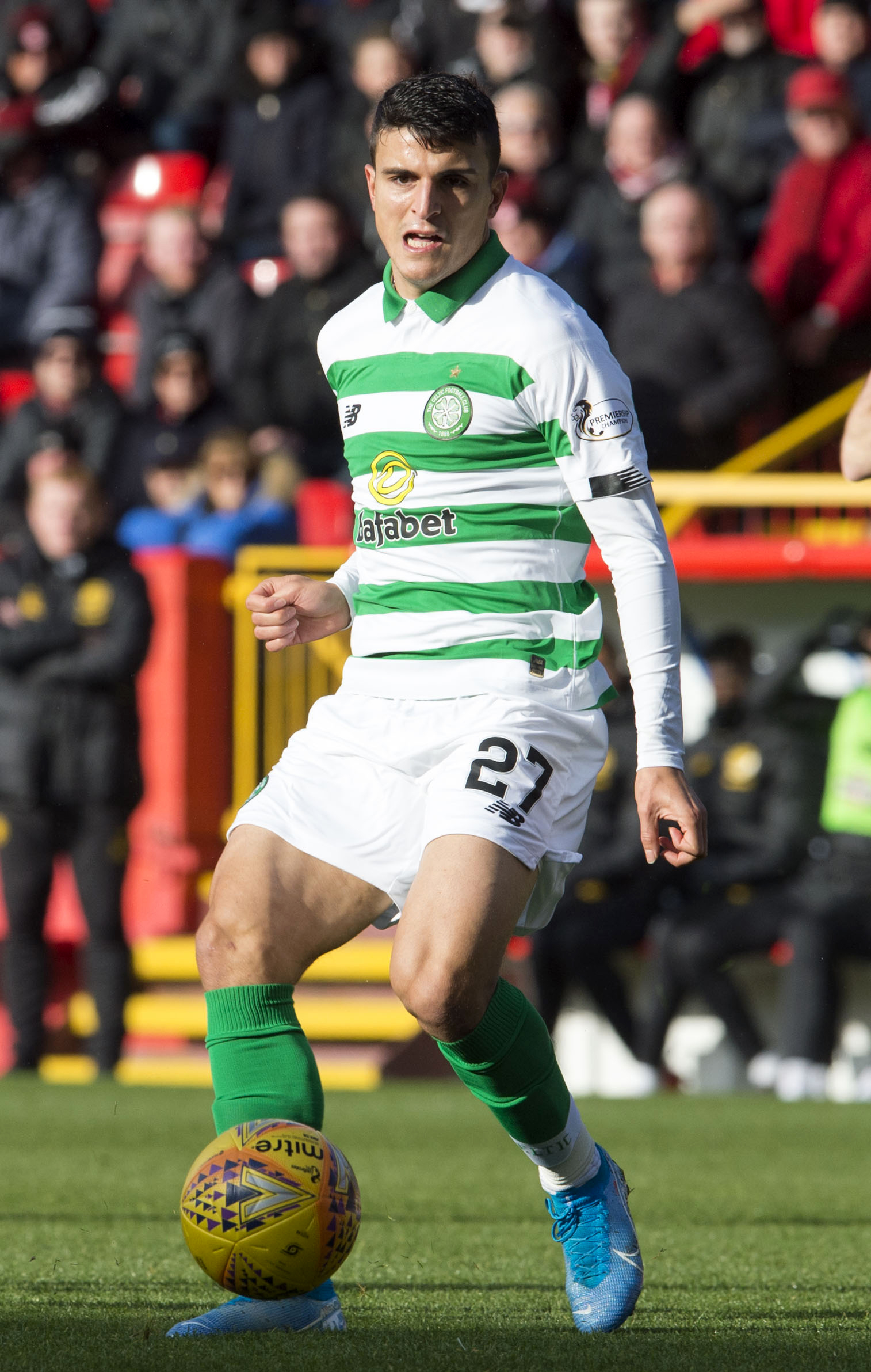 Moi Elyounoussi explains why he's staying at Celtic for another year