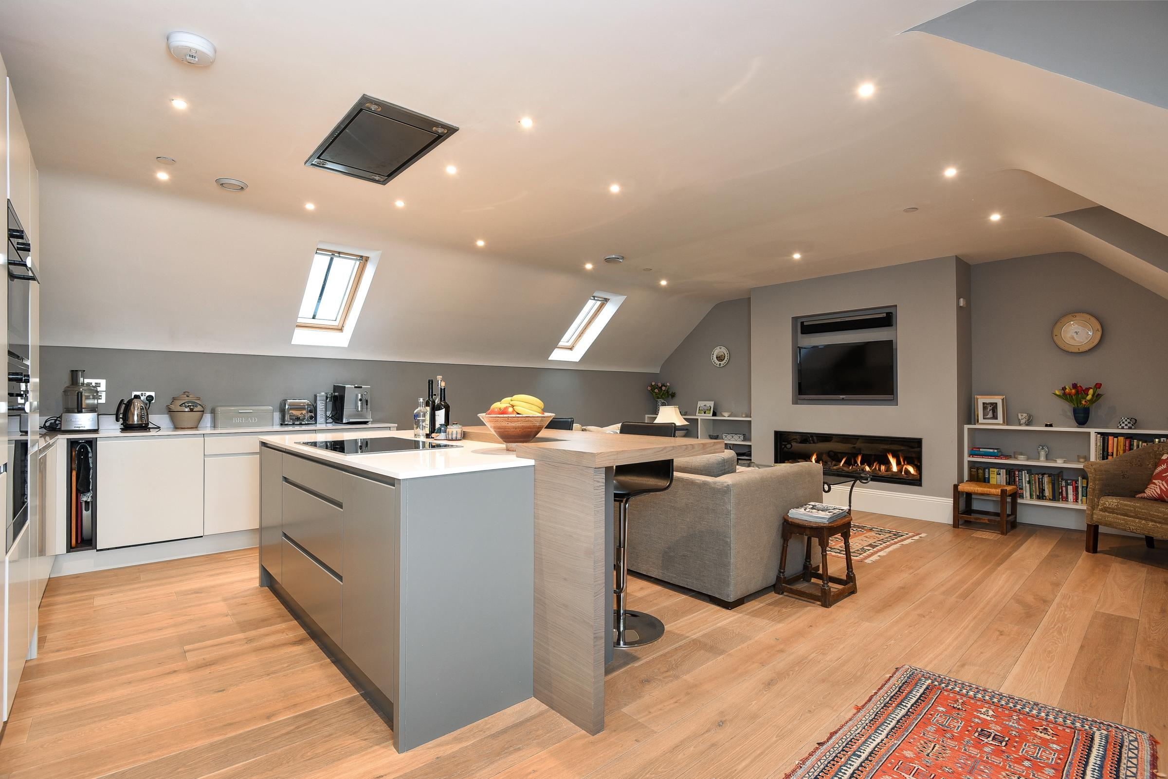 Contemporary coach house in Winchester